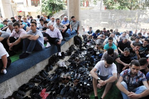 Kosovo Muslims attend Friday prayers at the Grand Mosque in Pristina. Observers say that the worsening economic crisis in the Balkans -- compounded by an unemployment rate that tops 20 percent in most countries in the region -- has contributed to the radicalisation of youth.