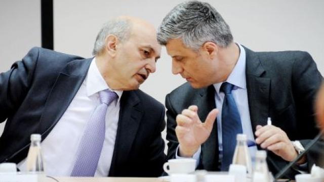 arrihet-marr-euml-veshja-isa-mustafa-kryeminist-euml-r-hashim-tha-ccedil-i-president_hd