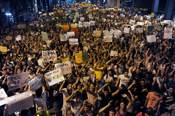 pb-130620-brazil-protest-03.photoblog900