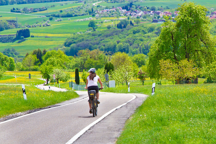 u0ut0-germany-bike-highway-lg